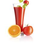 Jugo de naranja y tomate